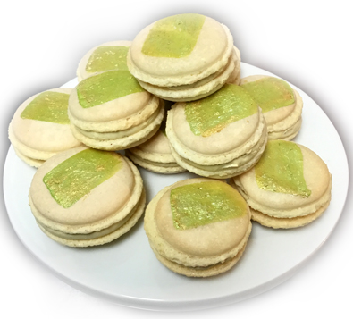 Fremch macarons with pistachio filling